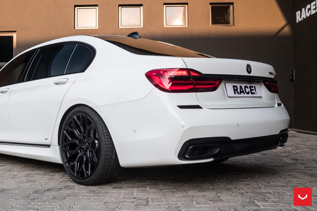 download BMW 7 workshop manual