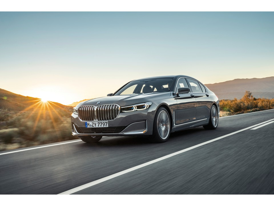 download BMW 740i workshop manual