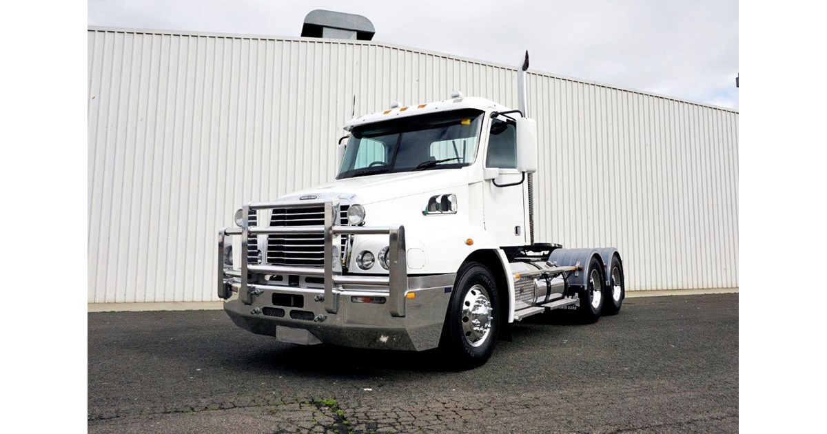 download Century Class Trucks workshop manual
