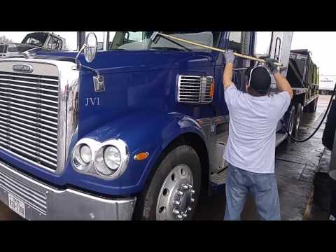 download Freightliner 122SD Coronado 132 Operation workshop manual