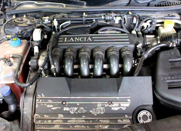 download Lancia Thesis workshop manual