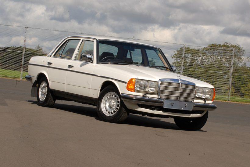 download Mercedes Benz 200D workshop manual