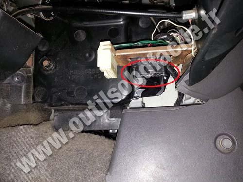 download Mitsubishi Shogun workshop manual