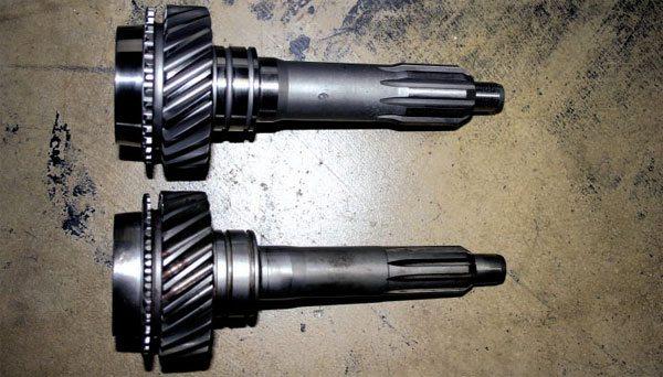 download Model A Ford Transmission Main Shaft 8 Long 6 Spline Top workshop manual