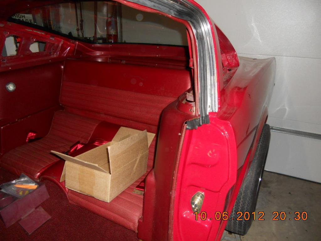 download Mustang Fastback Roof Rail Rubber Seal Retainer Right workshop manual