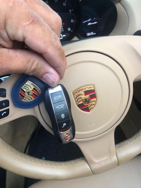 download Porsche License Key workshop manual