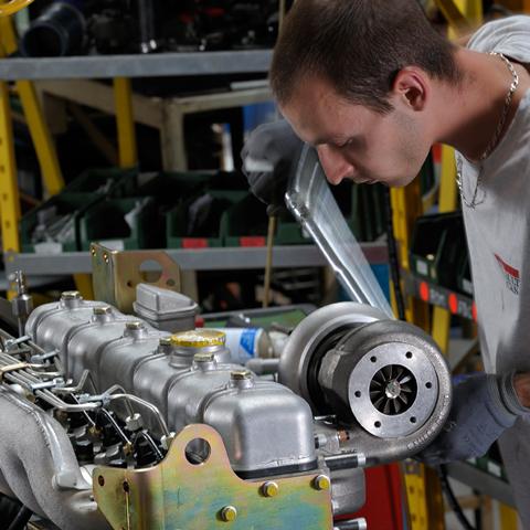 download RENAULT MIDLUM Truck Engine workshop manual