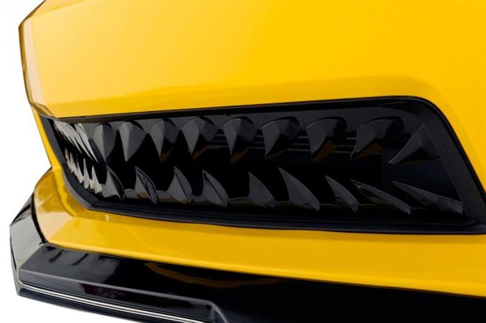 download Shark Tooth Grille Black Fade V8 workshop manual
