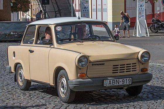 download Trabant 1.1 Limousine und Universal BEDIENUNGSANLEITUNG workshop manual